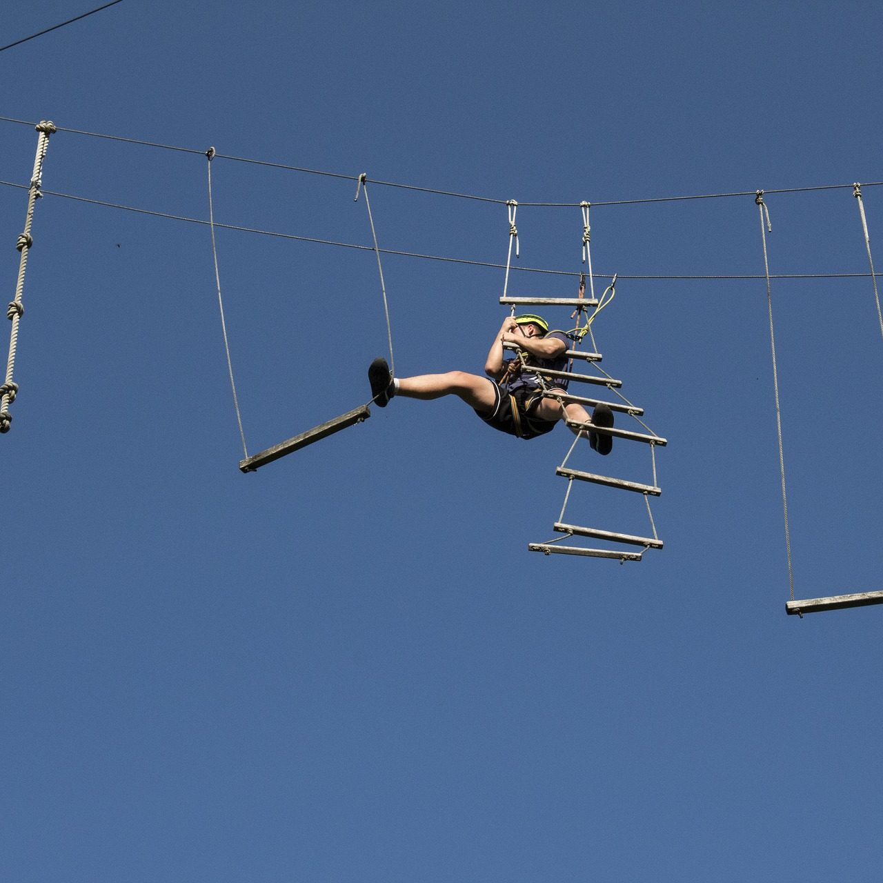 high-ropes-course-3716520_1920